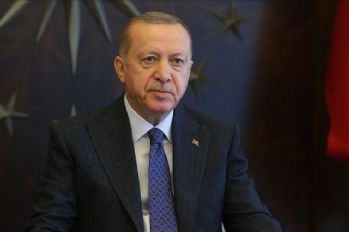 Turkish, Kazakh leaders discuss fight against COVID-19